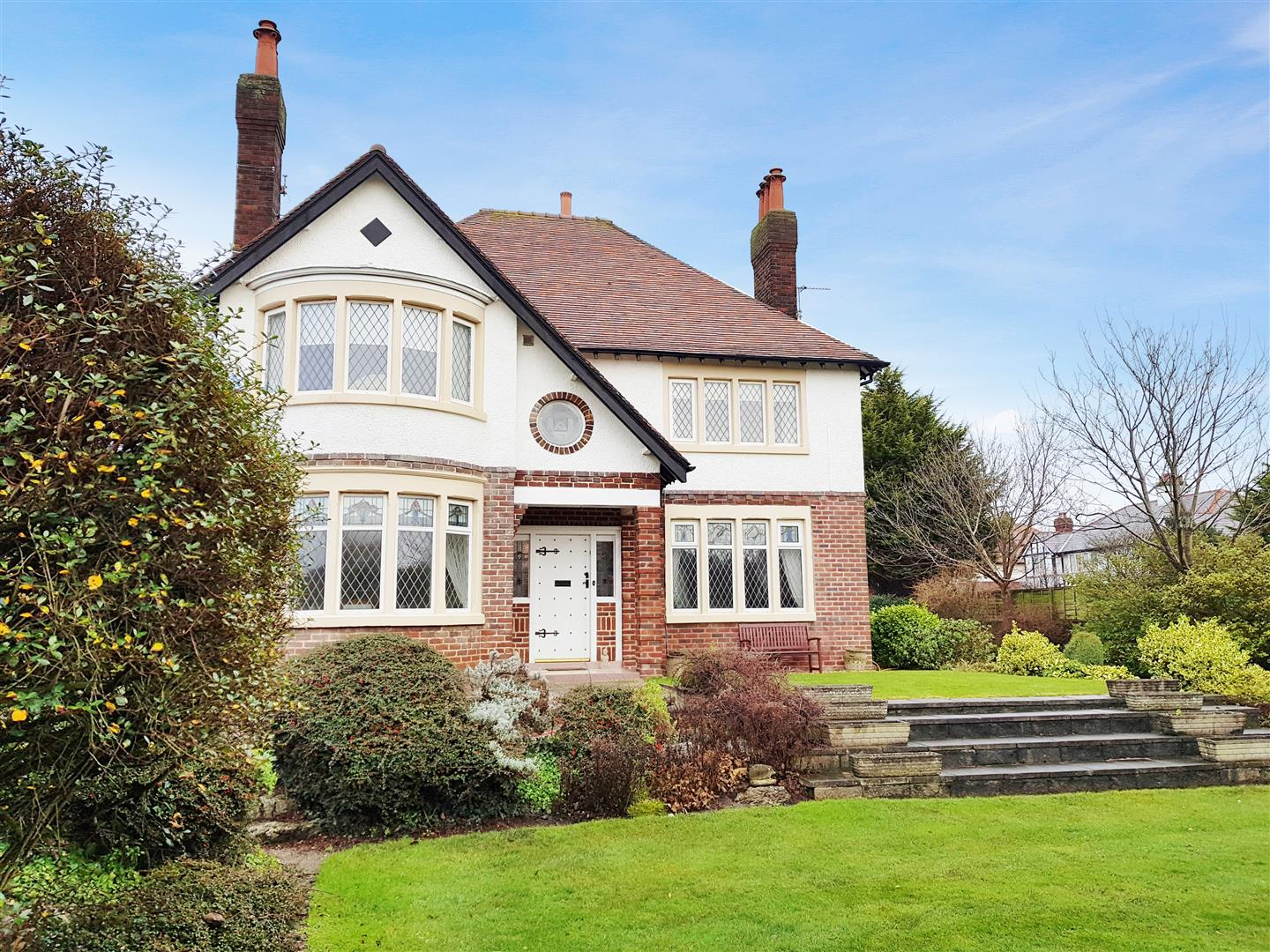 4 Bedrooms Detached House for sale in Clifton Drive South, Lytham St. Annes